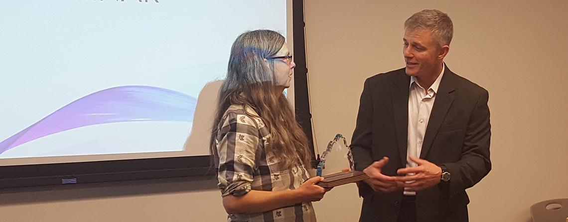 Karen Sellins receives Aggie Community Award